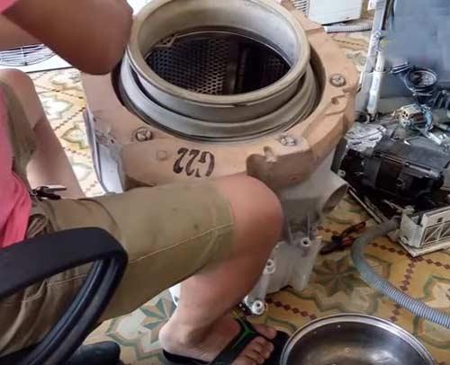 Hướng dẫn cách thay thế vòng bi máy giặt